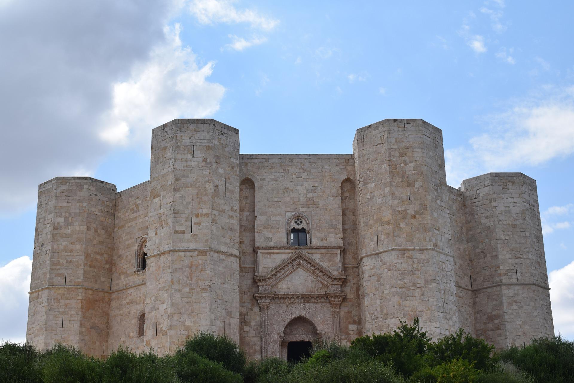Alla scoperta di Castel del Monte: storia e descrizione del monumento